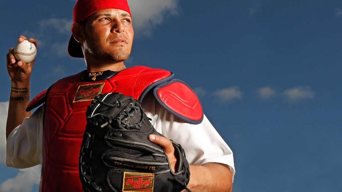 Baseball, MLB: Yadier Molina otra vez operado