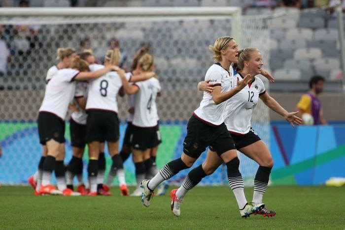 Futbol Femenil: Alemania despacha a Canadá y va por el oro