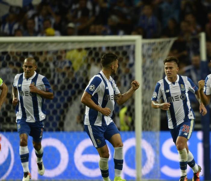 Futbol: Layún pone asistencia pero el Porto cae derrotado ante el Sporting