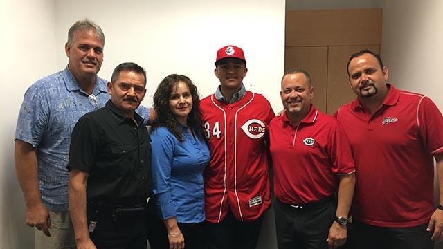 Beisbol, LMB: Víctor Ruiz de los Toros de Tijuana firmó con Rojos de Cincinnati