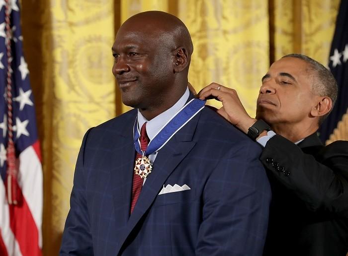 Baloncesto, NBA:  Jordan y Abdul-Jabbar reciben la medalla Libertad