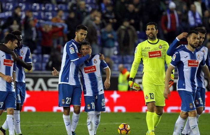 Futbol: Espanyol de Reyes sigue consiguiendo victorias