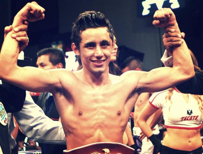 Box: Moisés Fuentes listo para la oportunidad titular