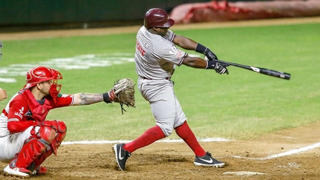 Beisbol, LMP: Tomateros ganó con reacción de última hora y evitó la barrida
