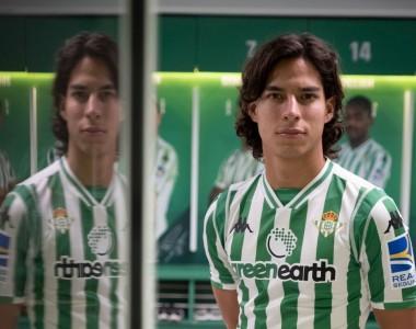 Fútbol, La Liga: Diego Lainez es presentado como nuevo jugador del Real Betis