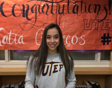 Baloncesto, NCAA: Katia Gallegos está imparable