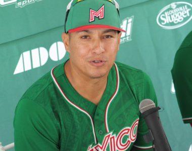 Beisbol: Toros de Tijuana confirma el regreso de Efrén Navarro