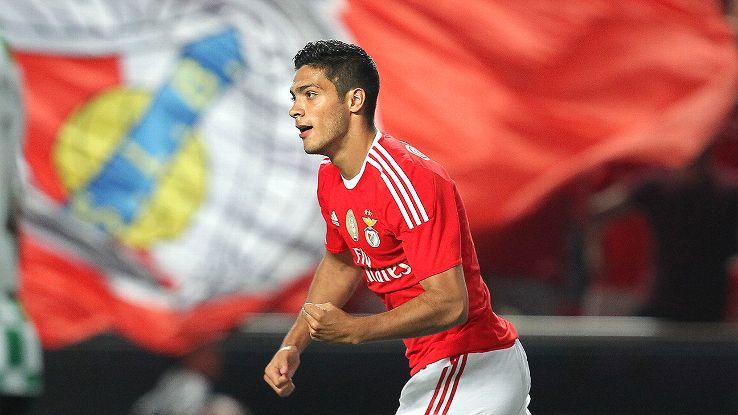 Futbol: Jiménez recibe el visto bueno para disputar Rio 2016 con la Selección Mexicana