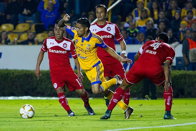 Futbol: Tigres y Toluca no se hacen daño en la ida de las semifinales