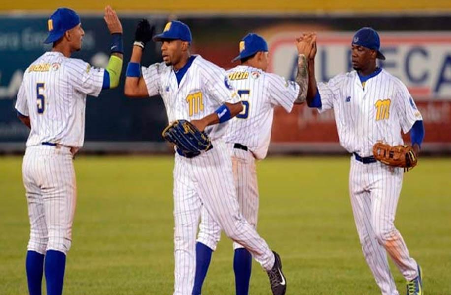 Baseball, LVBP: Magallanes y Caribes parejos