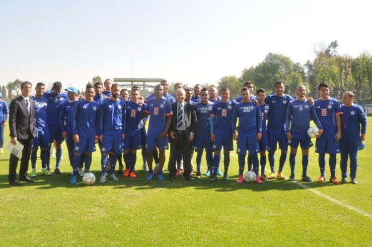 Futbol: Cruz Azul presenta oficialmente a sus refuerzos y al nuevo Director Deportivo