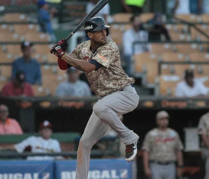 """Beisbol, Serie del Caribe: """"Cafecito"""" Martínez es el más valioso"""