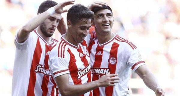 Futbol: Pulido logra el campeonato de liga con Olympiacos