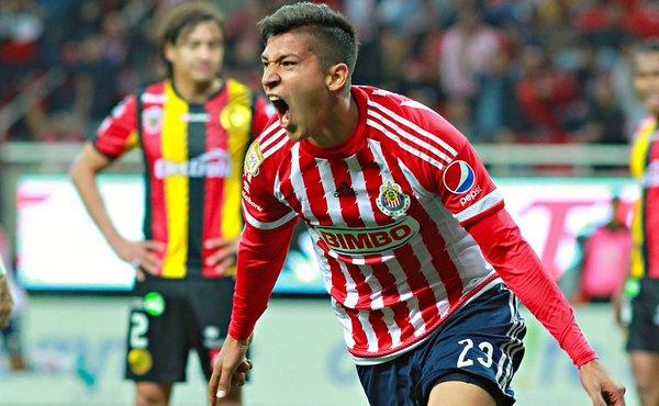 Futbol: Un gol le bastó a Chivas para vencer a Leones Negros y ser líder de su grupo en la Copa MX