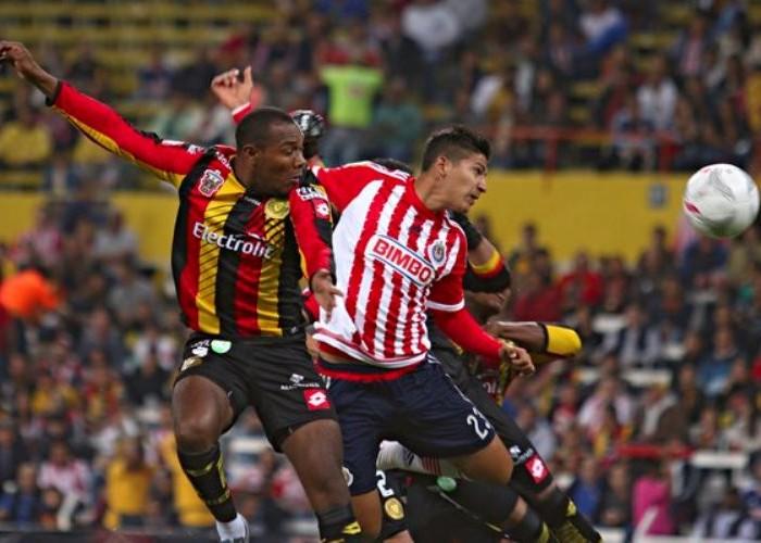 Futbol: Chivas tiene racha ganadora aunque sea en Copa MX