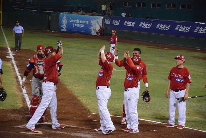Beisbol, LMB: Piratas luce poderoso y barre a los Rojos del Águila