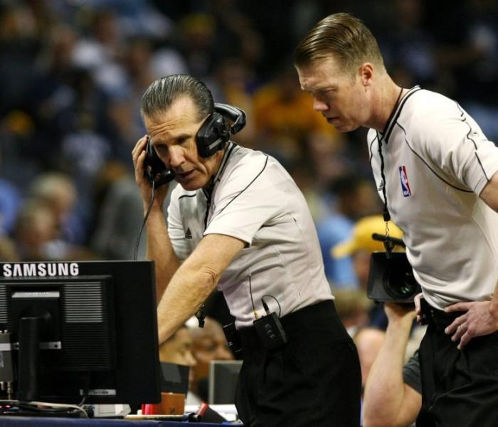 Basketball, NBA: Pistons sentidos con los árbitros