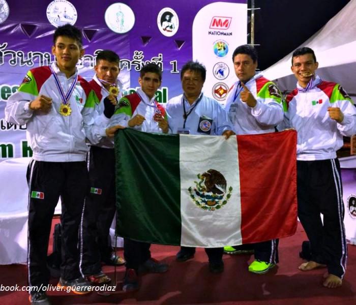 CONADE: Abandera Pedro Luis Benítez equipo de Muay Thai para Mundial de Suecia