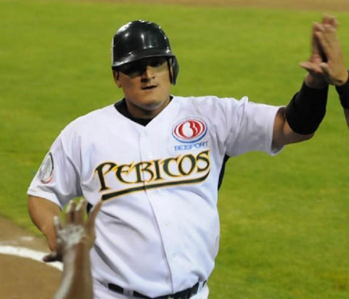Beisbol, LMB: César Tapia sigue adelante entre los bateadores.