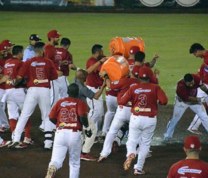 Beisbol, LMB: Imparable de Henry Rodríguez le da el triunfo a Piratas.