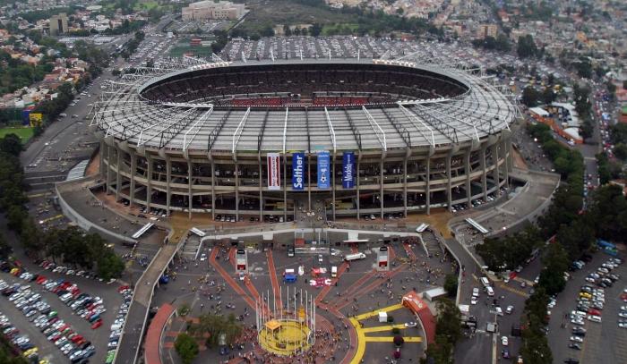Fútbol: Volverán a cambiar el césped del Estadio Azteca