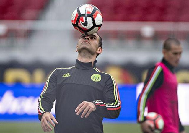 Fútbol: Rafa Márquez piensa en el Mundial, esperará fallo a favor