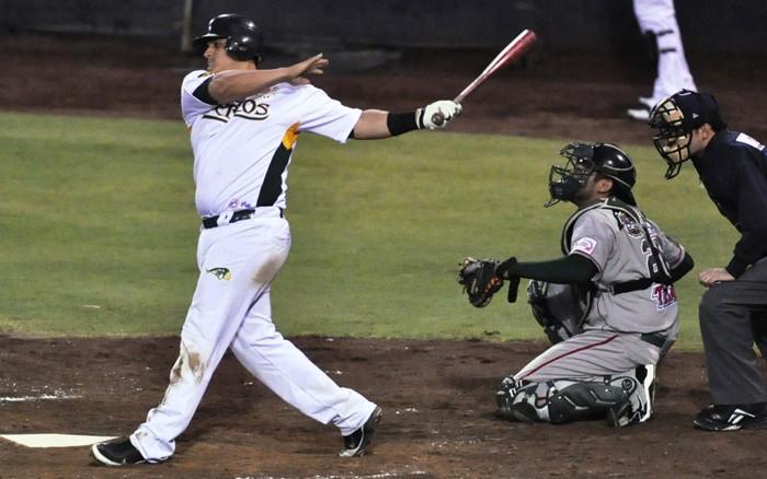 Beisbol, LMB: Se mantiene Tapia como el mejor bateador en LMB.