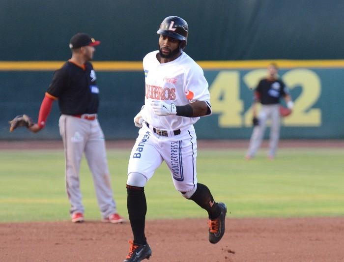 Beisbol, LMB: Sosa pega Home Run y evita barrida a Vaqueros