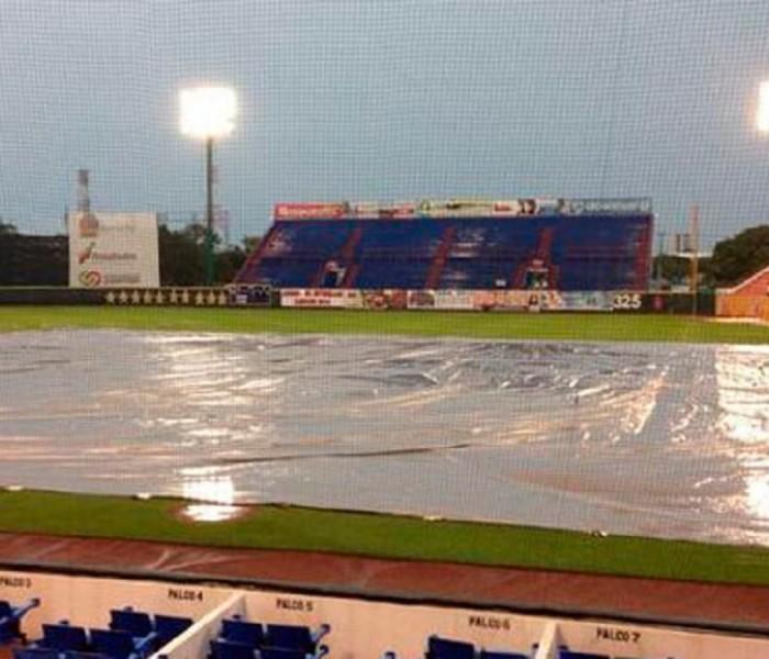 Beisbol, LMB: Por lluvia se suspende el juego en Cancún.