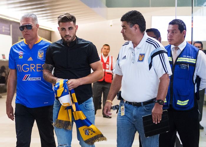 Futbol: Delort llega a un acuerdo con Tigres