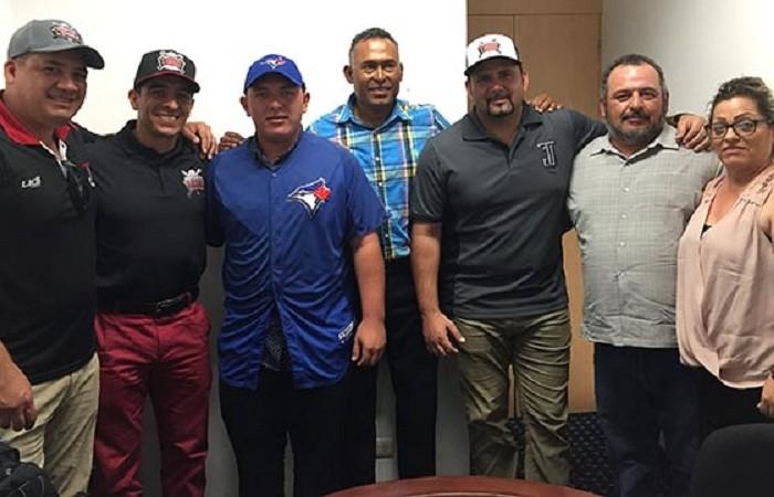 Beisbol, LMB: Alejandro Kirk firmó con los Azulejos de Toronto