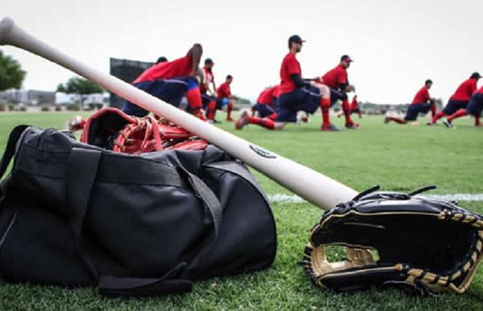 Beisbol, LMP: Arriban más jugadores al entrenamiento de los Águilas en Tucson