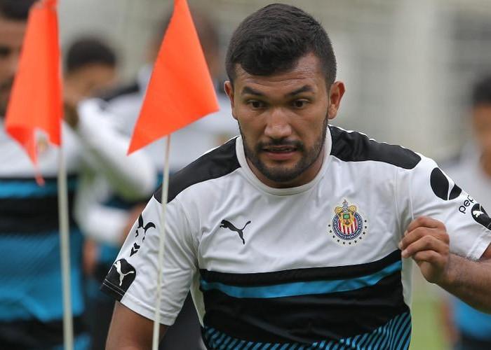 Futbol: Hedgardo Marín se concentra en mantener en nivel en Chivas