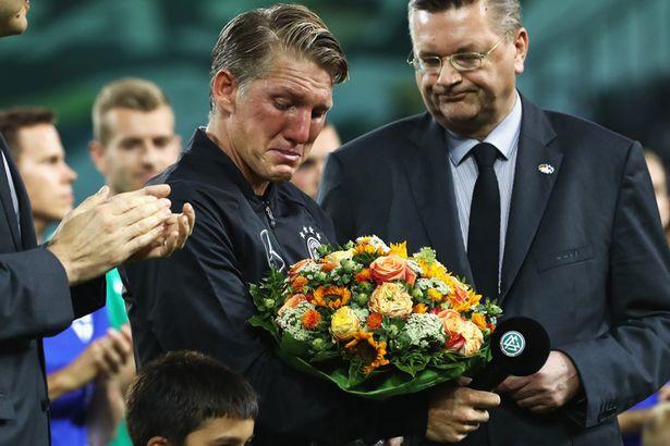 Futbol: Schweinsteiger se despide de la Selección Alemana