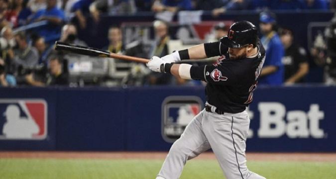 Beisbol, MLB: Indios venció a Azulejos en Toronto y están a un paso de la Serie Mundial
