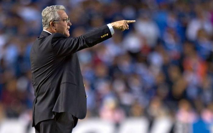 Fútbol: Vucetich ya se preocupa por los puntos para el descenso en Querétaro