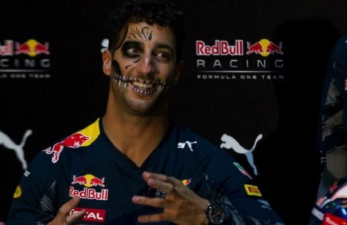 Automovilismo: Ricciardo criticó podio de Vettel