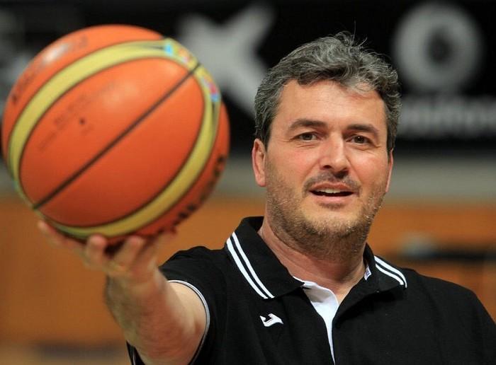 Baloncesto: Sergio Valdeolmillos comparte experiencias de los 12 Guerreros