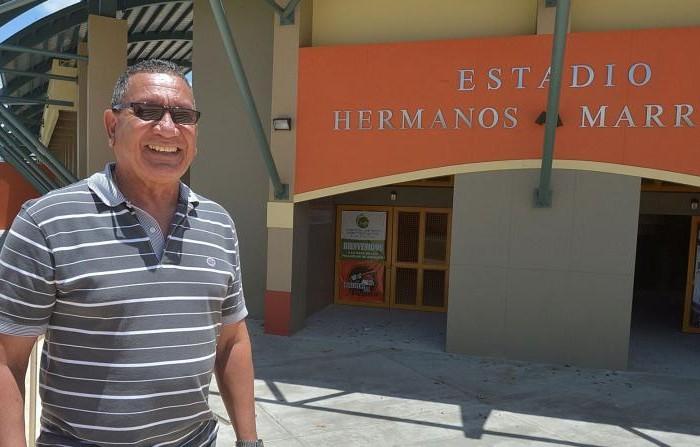 Fiel al béisbol Luis 'Torito' Meléndez en el retiro