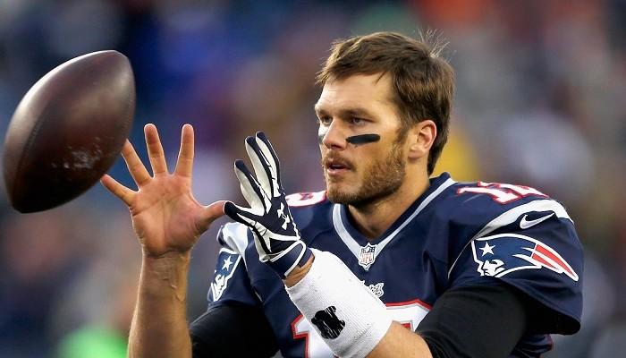 Futbol Americano: Brady regresa a prácticas