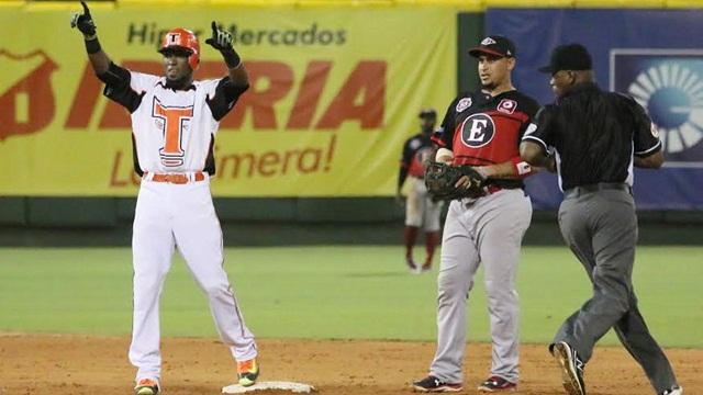 Beisbol, LIDOM: Riordan guía victoria de Toros del Este sobre Leones