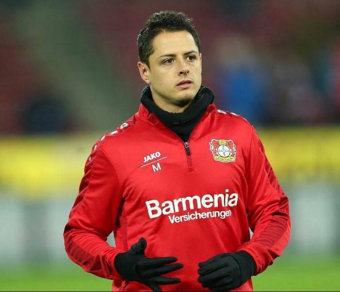 Fútbol: Leverkusen acepta que algunos clubes se interesan en Chicharito