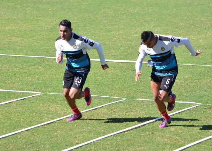 Futbol: Chivas se prepara para el clásico tapatío