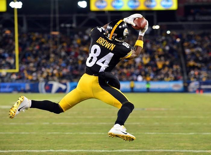 NFL, Futbol Americano: Pittsburgh firma nuevo contrato con receptor Antonio Brown