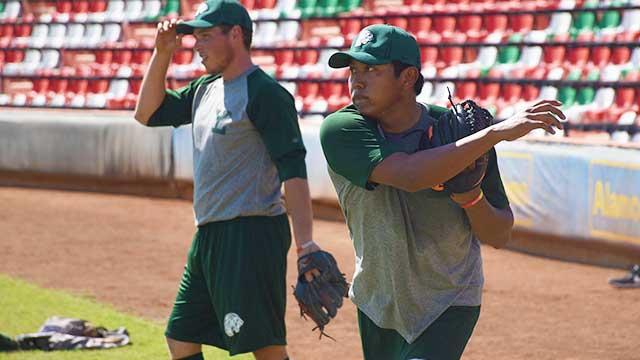 Beisbol, LMB: Carlos Pech y Luis Montero buscan ganarse un lugar en la pretemporada de Leones