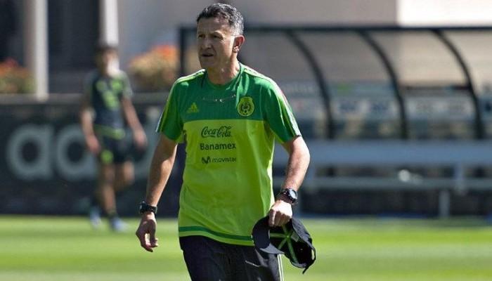 Fútbol: Primer entrenamiento con equipo completo para México