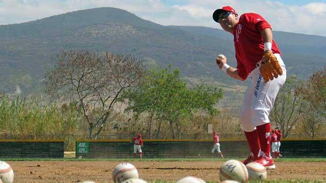 Beisbol, LMB: Iván Terrazas con disponibilidad para jugar donde se le necesite
