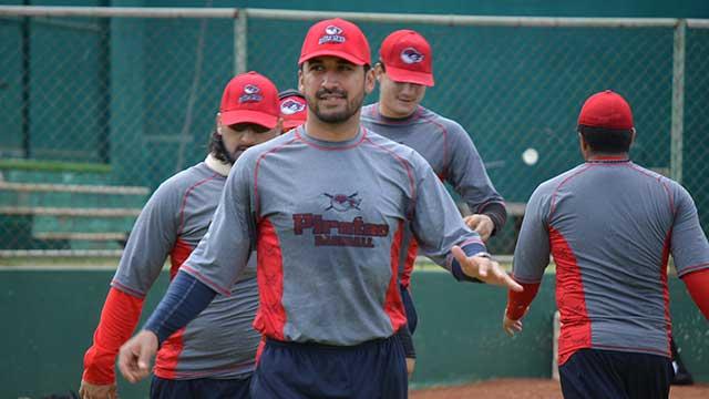 Beisbol, LMB: Rolando Valdez ya llegó a los entrenamientos de Piratas de Campeche