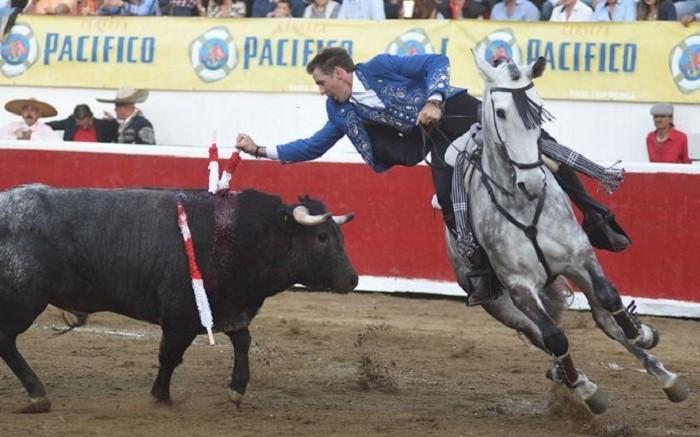 Toros: Anuncian corridas en plazas mexicanas