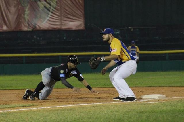 Beisbol, LMB: Araiza lució dominante y Olmecas ganó a Pericos para emparejar la serie